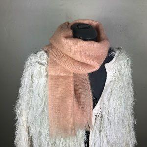 Montrose Wool Scotland Lux Loose Weave Short Scarf